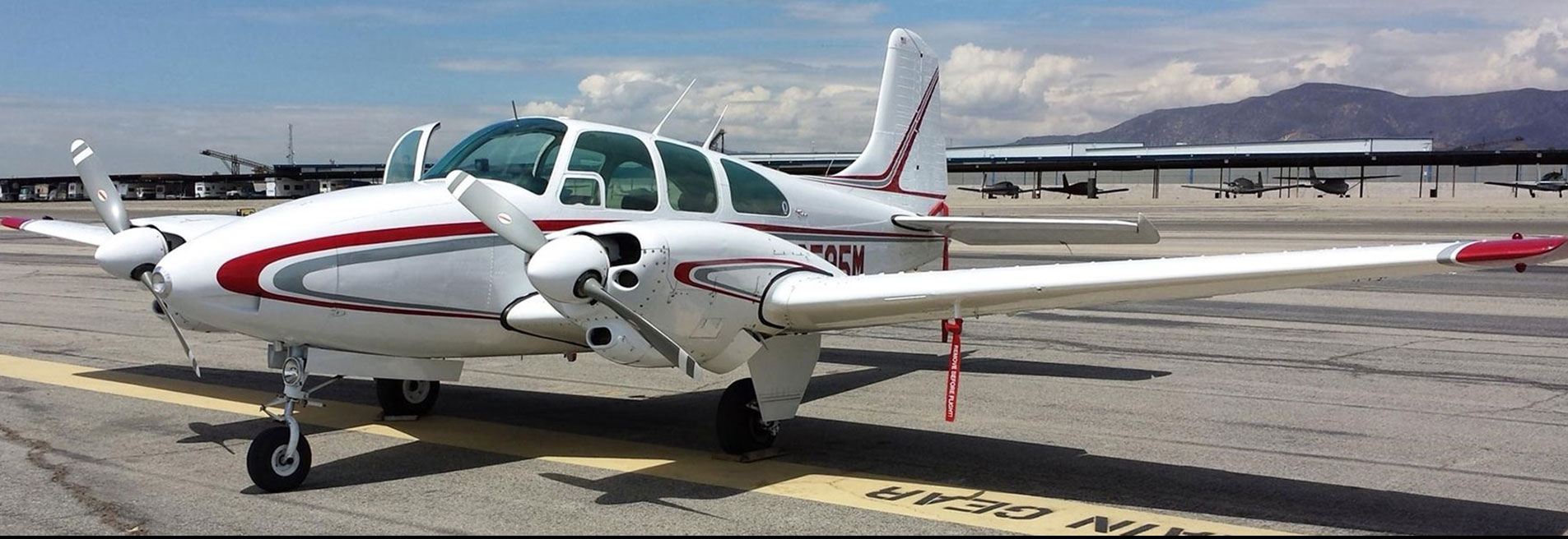 Beechcraft 36 Bonanza, Beechcraft 35 Bonanza, Beechcraft 33 Bonanza, Beechcraft Debonair, Beechcraft Sierra, Beechcraft Musketeer, Beechcraft Queen Air 80, Beechcraft 60 Duke, Beechcraft Beech 18, Beechcraft Twin Bonanza, Beechcraft 58 Baron,  Beechcraft 55 Baron, Beechcraft Travel Air 95, Beechcraft Duchess